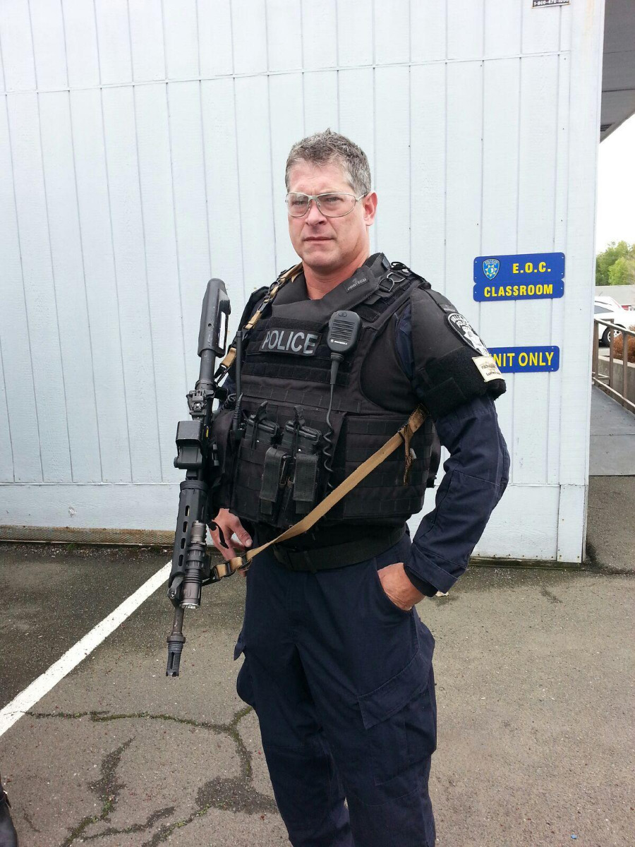 PD SWAT member with QCS